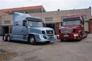 МАЗ представил уникальный капотный грузовик